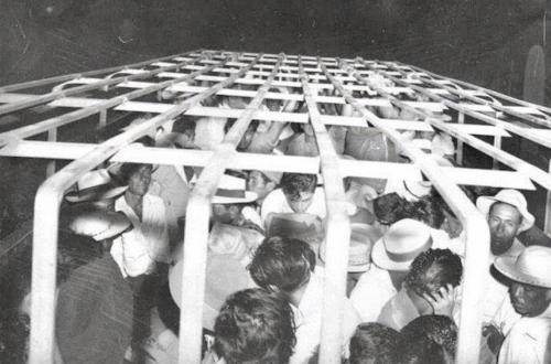 AS Memulai Deportasi Massal Migran Meksiko (9 Juni 1954) (3)