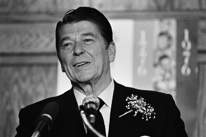 """Ronald Reagan dan """"Ratu Kesejahteraan"""" (Musim kampanye,1976)"""